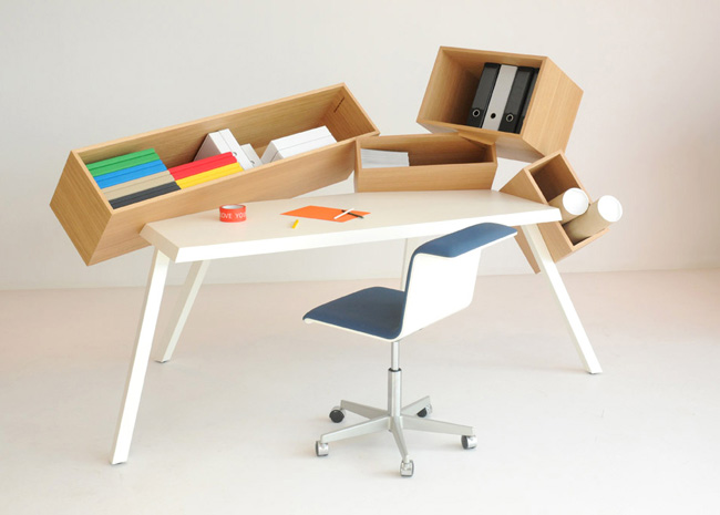 Bram Boo – Overdose desk, by Bulo
